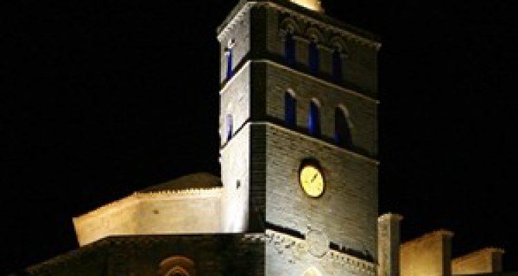 Ibiza / Ciutat d'Eivissa: Ciutat d'Eivissa (Ibiza) ist die Hauptstadt Insel! Ibiza-Stadt ist der aufregendste Ort der Insel. ON TOUR@ IBIZA STADT