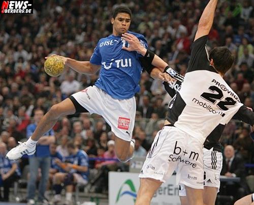 Handball: (VfL GM) ZouZou, Bennet und Spatzi kämpfen Melsungen nieder! Narcisse für sechs Wochen außer Gefecht nach Jochbeinbruch