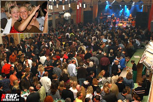 GM: Knackevolle Stadthalle beim 21. Bürgerfest der Polizei!! Still Collins und Living Planet drehten den Stimmungshahn auf