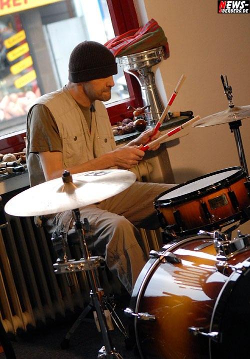 Gummersbach: Rainmaker – Drums and Vibraphon ´Irgendwas loopen und dazu spielen.´ Musik machen wie bei einer Zen-Meditation