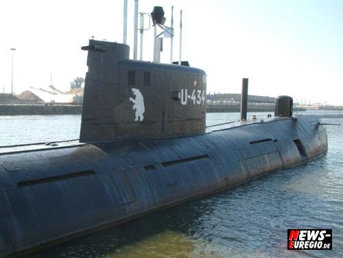 Hamburg: Russisches Spionage U-Boot im Hafen vor Anker!! Interessante Einblicke in Epoche des ´kalten Krieges´