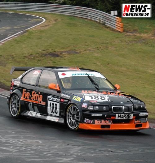 live_strip_com_racing_ferfried_prinz_von_hohenzollern_vln2007_dsc_0479.jpg