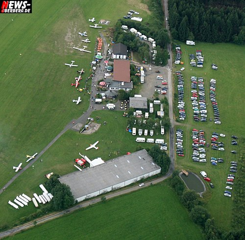 Bergneustadt: Aerofotografien ´Oberberg´ (20. Flugplatzfest auf dem Dümpel 2007)
