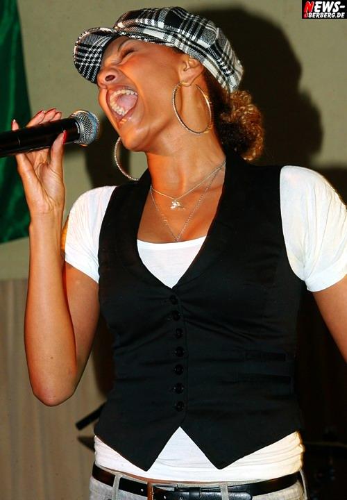 DSDS (Deutschland sucht den Superstar) - Francisca Urio (Finalistin)