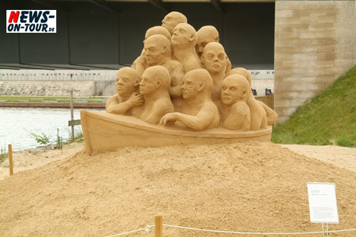 Berlin: Daily Moments – Foto des Tages – ´Welcome to Paradise!!´ 5. Internationales Sandskulpturenfestival