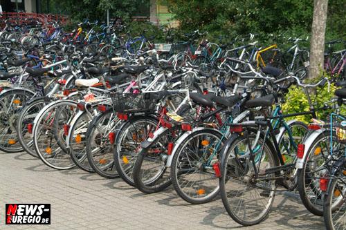 Aachen: Versteigerung von Zweiradfahrzeugen!! Beim Zuschlag gilt: Nur Bares ist Wahres