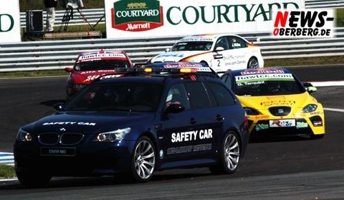 start_1lauf_safetycar_wtcc07_08_2039.jpg