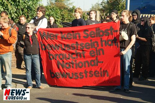 Düren: Antifa ruft gegen NPD-Demo!! Mehr als 1.200 Leute bei ´Anti-Rechts´ City-Demo!