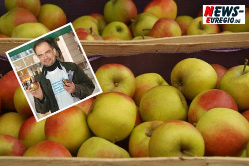 Daily Moments: ´Foto des Tages!´ Eschweiler Zahnärzte verschenken Äpfel!! Infostand zur Zahngesundheit auf der Marienstrasse