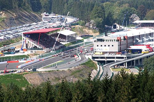 Motorsport.NEWS-on-Tour.de: (Belgien) Spa-Francorchamps! Ferrari triumphiert in den Ardennen. Doppelsieg für Kimi Raikkönen / Felipe Massa