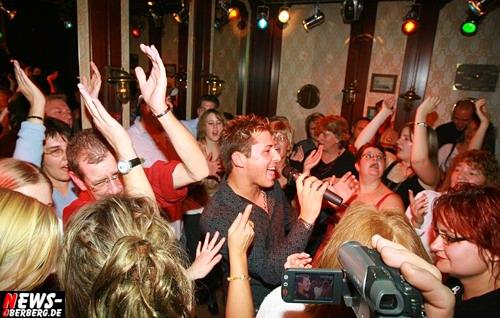 Bergneustadt: (HQ-Fotoshooting+Videoclip UPDATE!) NIC ´Einen Stern´ begeisterte hunderte Fans @´Des Lords Musikbar!´ (Lord Nelson) Volles Haus und TOP Stimmung zum zweijährigen Jubiläum der Musikbar