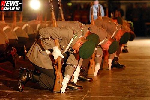 Kölnarena: ´Klänge für den Frieden!´ 7. Internationales Militär Musik Festival mit über 700 musizierenden Soldaten aus aller Herren Ländern begeisterte Zuschauer