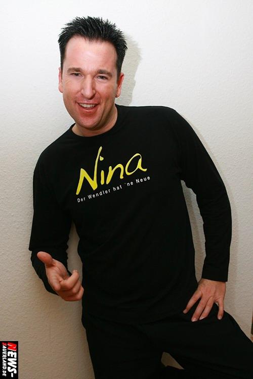 """Michael Wendler Neuer Song/Lied/Hit ´Nina´ - Der Wendler hat ´ne Neue"""" und die heißt Nina… Exklusiv für ´den Sasse´ (Fotoagentur NTOi.de) posierte Michael Wendler nach seinem Auftritt """"Backstage!"""""""