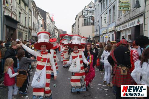 Aachen: 6 Tage, 6 Nächte für Jecke!! Die AVV-Karneval-Netzkarte macht's möglich
