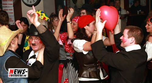 Lindlar: (Karneval) Living-Planet-Events.de, Cafe Elan und NEWS-Oberberg.de präsentieren ´Die ultimative Karnevalsparty´