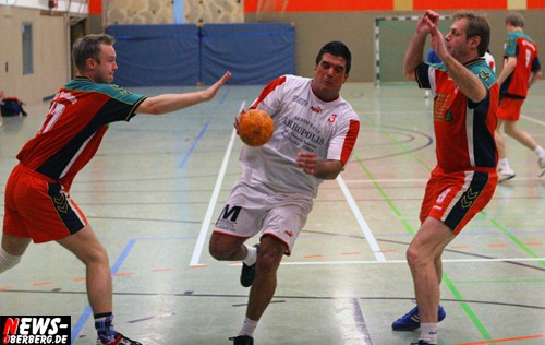 ntoi_tv_niedersessmar_marienheide_handball_01.jpg