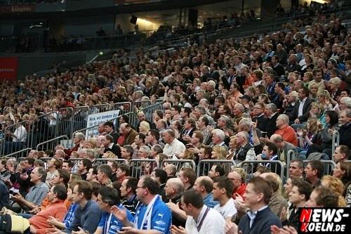 ntoi_vfl_gummersbach_hsv_hamburg_handball_koelnarena_004.jpg