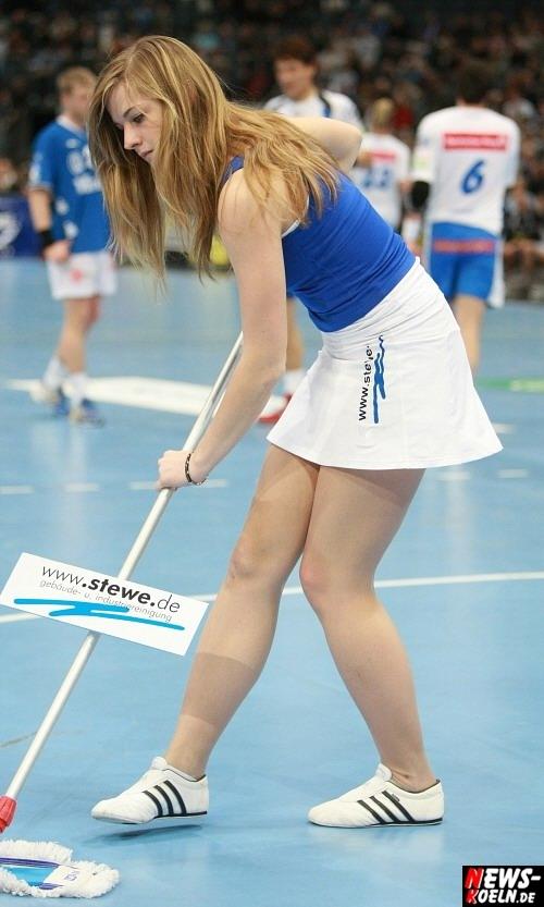 ntoi_vfl_gummersbach_hsv_hamburg_handball_koelnarena_064.jpg