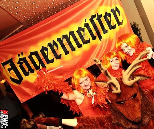 B1.NEWS-Oberberg.de: (Gummersbach) Zur Jägermeister-Party im Oberbergischen Meetingpoint gab es 1.000 GRATIS Drinks. Promo-Team heizte den Gästen ein