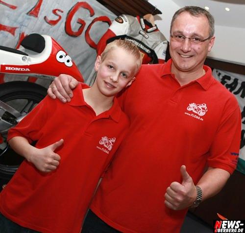 Rennsporttalent Florian Alt mit Vater Uwe Alt. Foto: `Der Sasse´ www.NTOi.de