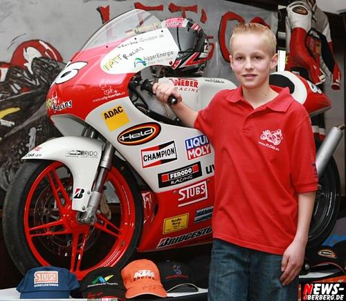 Florian Alt mit seiner neuen 125 ccm Honda. Foto: ´Der Sasse´ www.NTOi.de