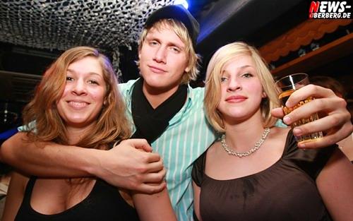 ntoi_b1_doppeldecker_party_500.jpg