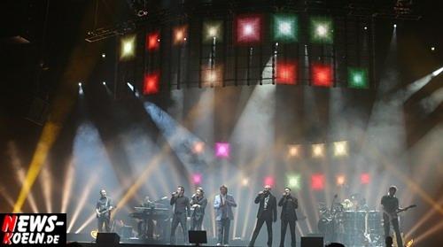Howard Carpendale live in der Kölnarena (21.04.2008) Tolle Bühnenshow, super Lichteffekte, Kölnarena, Konzert. HQ-Foto: ´Der Sasse´ [ Foto+TV Agentur www.NTOi.de ]