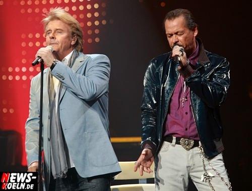 Joachim ´Knibbel´ Horn sang im Duett mit Howard Carpendale des Elvis Presley Song ´Suspicious Mind´ in der Kölnarena (21.03.2008) Comeback Zusatzkonzert HQ-Foto: ´Der Sasse´ [ Foto+ TV Agentur www.NTOi.de ]
