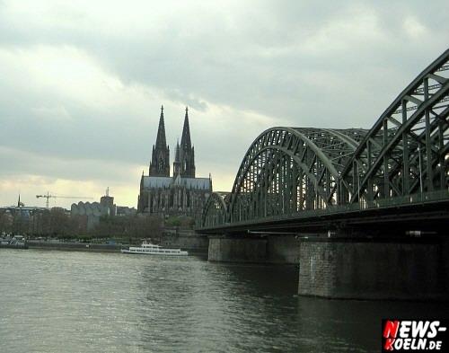 Deutzer Brücke! Das Wahrzeichen der Domstadt, der Kölner Dom (offizieller Name Hohe Domkirche St. Peter und Maria), ein beliebtes Fotomotiv in Liason mit ´Vater Rhein´. Foto: Wolfgang Sasse [ Foto+TV Agentur NTOi.de ]