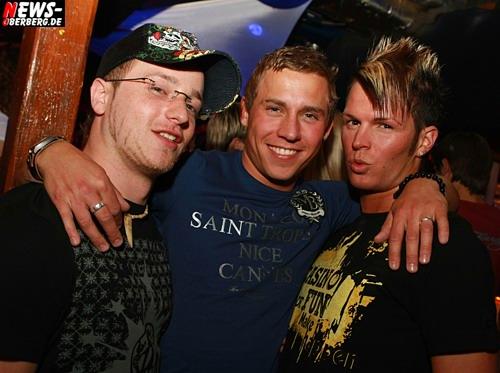 ntoi_vollmondbier_party_01.jpg