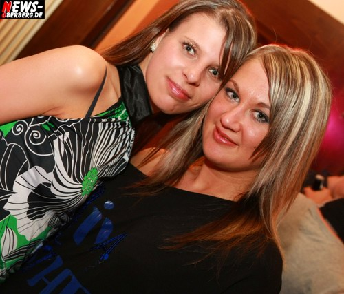 Jenny (Jennifer) Bujock - ntoi_vollmondbier_party_04.jpg
