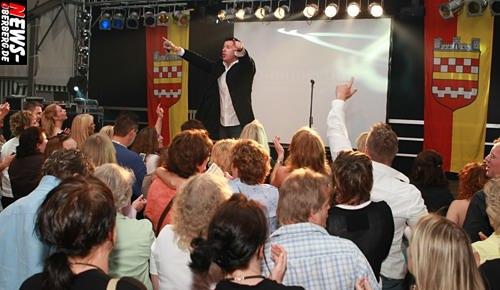 Michael Wendler (Nina) Live on Stage ntoi_100_jahre_ssv_bergneustadt_mega_mallorca_party_05.jpg