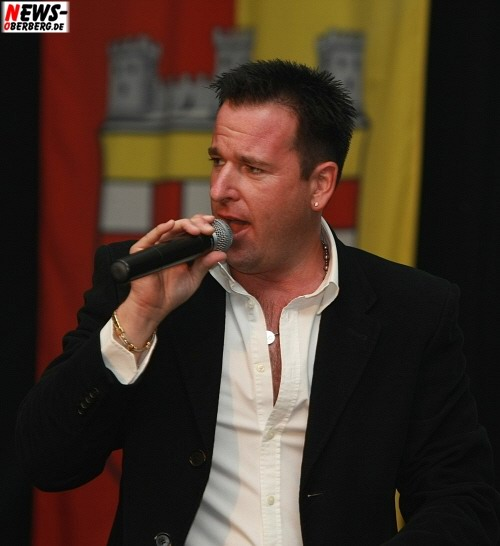 Michael Wendler in Bergneustadt (Mega Mallorca Party 2008)