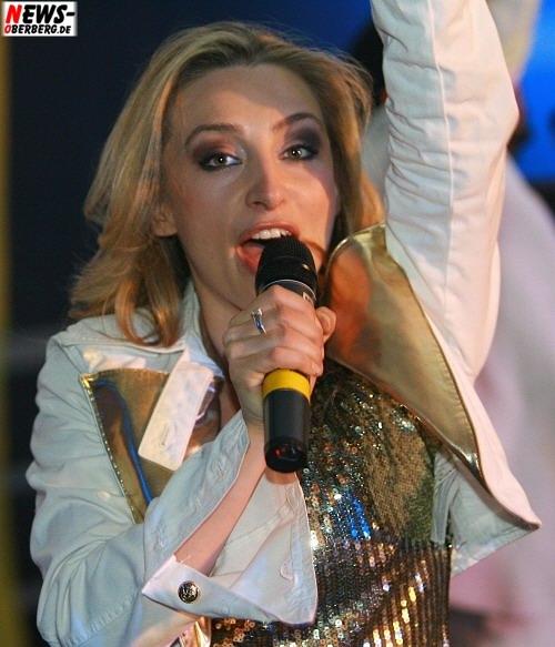 Gabriela Gottschalk (r., Ex-Mitglied der Super Moonies) Hot Banditoz