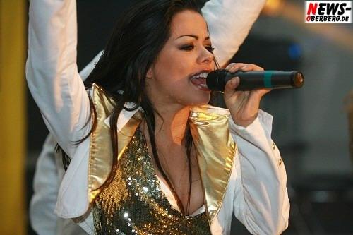 Fernanda Brandao - Hot Banditoz live