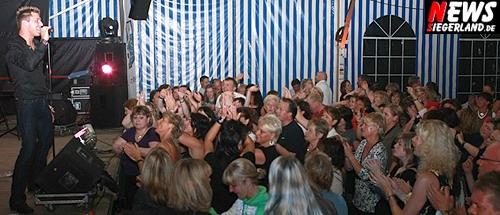 Schlagerstar NIC ´Einen Stern´ - live on Stage -