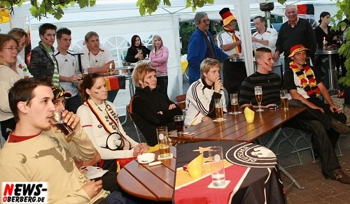 bowling_center_unter_deck_ger_aut_em2008_09.jpg