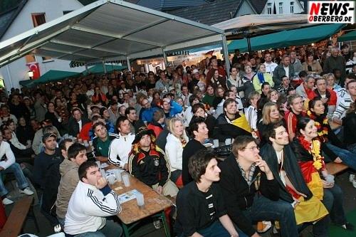 Mega Public Viewing - Derschlag - Klosterstraße - Fußball EM 2008