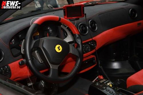 Cockpit - Innenraum - Ferrari Challenge Stradale