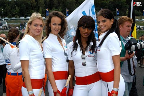 racing_girls_01.jpg
