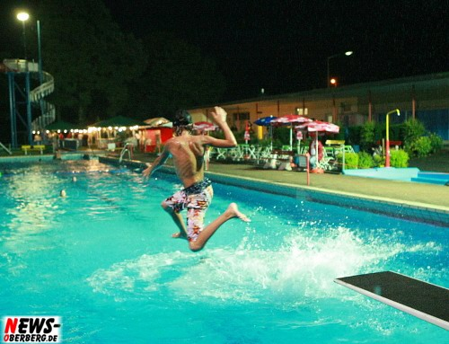 Bergneustadt: ´Sauwetter zur Poolparty 2008!´ Petrus meinte es nicht mit gut mit dem Förderverein zur Erhaltung des Freibads