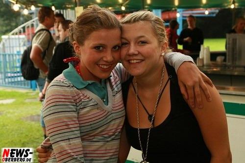 ntoi_poolparty_2008_19.jpg