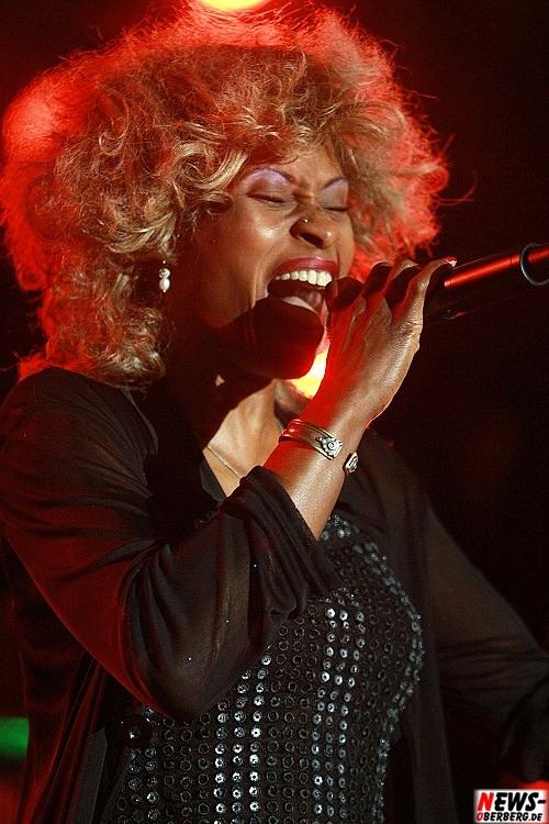 Cassandra Dee (Tina Turner Imitatorin/Double-Show)