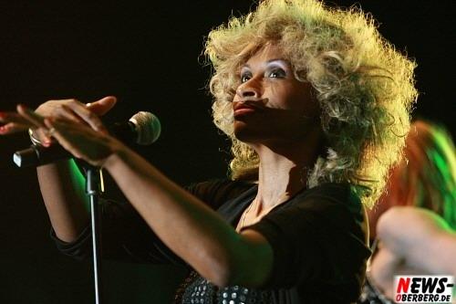 Cassandra Dee - Cassadra D. - Live on Stage -