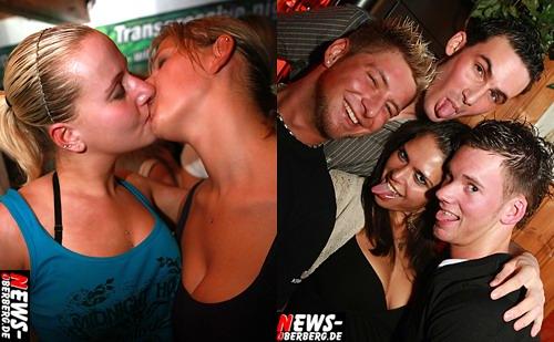 Kissing Girls - Partychicks - Bom Chicka Wah Wah Party