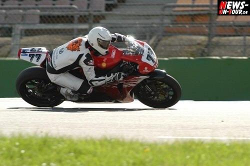 Schumi auf dem Motorrad
