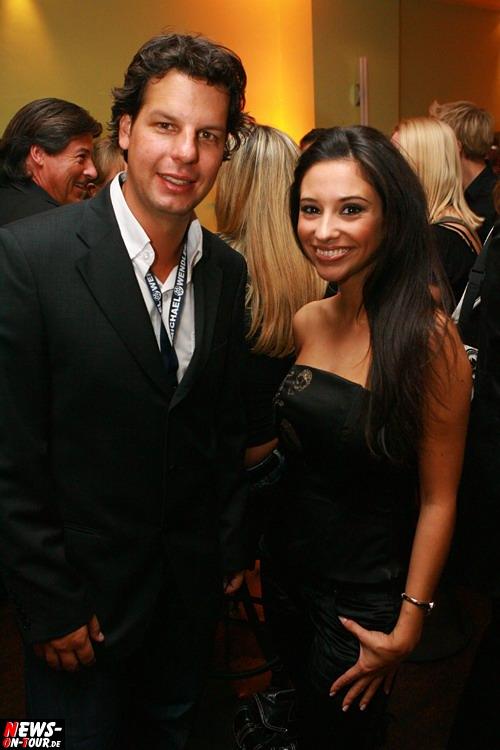 Ken Otremby (Ariola München/Sony BMG) und Schlagersängerin und Model Diana Sorbello