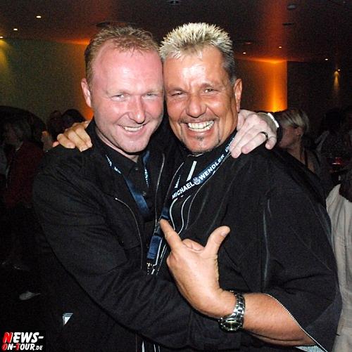 Moderator Frank Neuenfels und Megaarena/MegapaINN DJ und Moderator Andy Luxx - der Partyfuchs