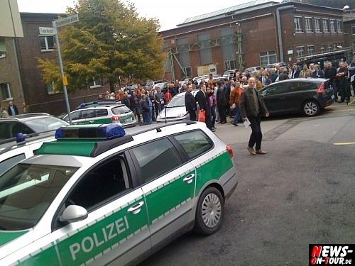 Bombenwarung - Polizeiauto