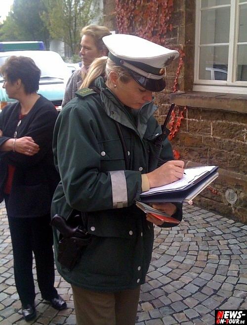 Nette Polizistin